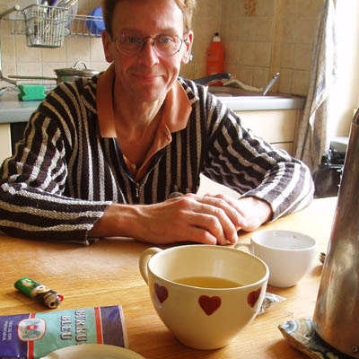 Dänu in his kitchen on November 18th, 2006 (photo © 2006 Lukáš Machata / loukash.com)