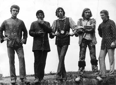 "Komety, promotional photo 1968: Miroslav Žižka, Jiří Kaleš, Miloš ""Reddy"" Vokurka, Pavel Pešta, Jan Reiner"